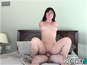 PropertySex Real Estate Agent Has ultra-kinky fuckfest With client