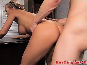 Nicole Aniston seducing scotts schlong