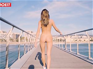 Russian stunner Gets banged hardcore By The Seaside