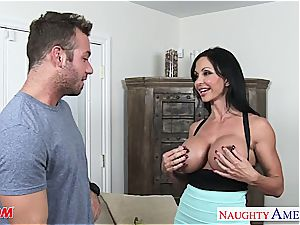 fine mummy pearls Jade tearing up a luxurious guy