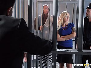 Nina Elle penetrates a killer con in front of her hotwife husband