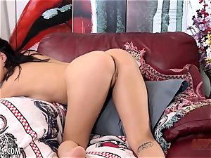 elegant Jade Baker masturbates solo for you