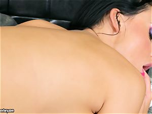 chesty fantastic Aletta Ocean pleases herself with an astounding fingerfuck