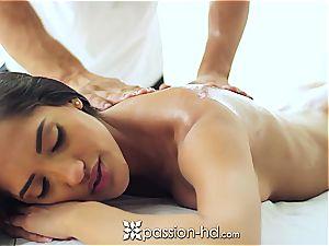 stellar Latina Chloe Amour jizzes rock hard after massage