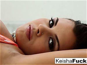 super molten Keisha Grey taunts and nails
