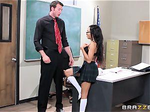 insatiable schoolgirl Anya Ivy