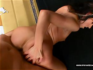 Czech Victoria Rose Visits Private's audition bed