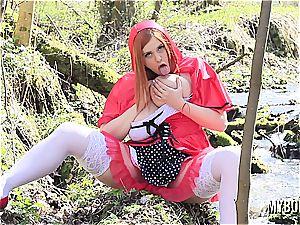 buxomy crimson riding bondage mask toying outdoors