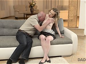 DADDY4K. hook-up of father and young gal completes with unexpected internal cumshot