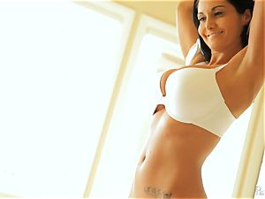huge-chested cougar Ava Addams tears up her toyboy lover
