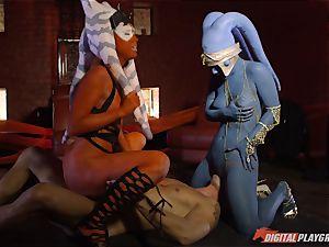 Aliens Eva Lovia and Aria Alexander take on firm manstick
