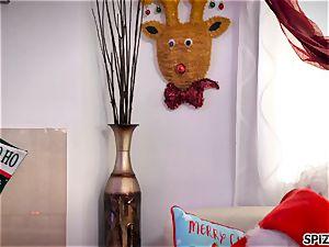 Spizoo - watch Jessica Jaymes banging Santa Claus