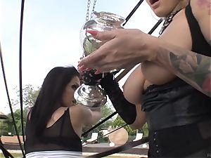 Smoking super-fucking-hot honeys Samia Duarte and Kayla Green humping outside