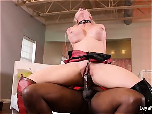 Leya Falcon gets a hardcore boning from Mandingo